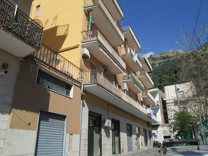 Appartamento in Via Rivo Cerola  8, Sarno