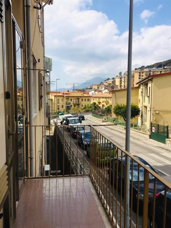 Quadrilocale, Torrione Alto, Salerno, in ottime condizioni