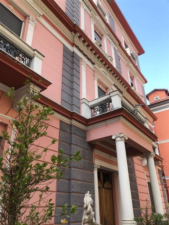 Trilocale in Via Arce 37, Centro, Salerno