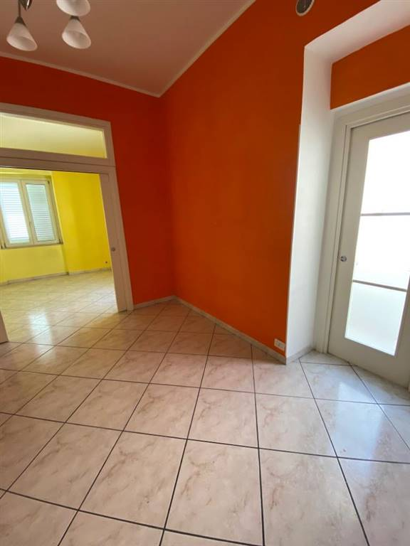 CARMINE, SALERNO, Apartment for sale of 70 Sq. mt., Excellent Condition, Heating Individual heating system, Energetic class: G, Epi: 175 kwh/m2 year,