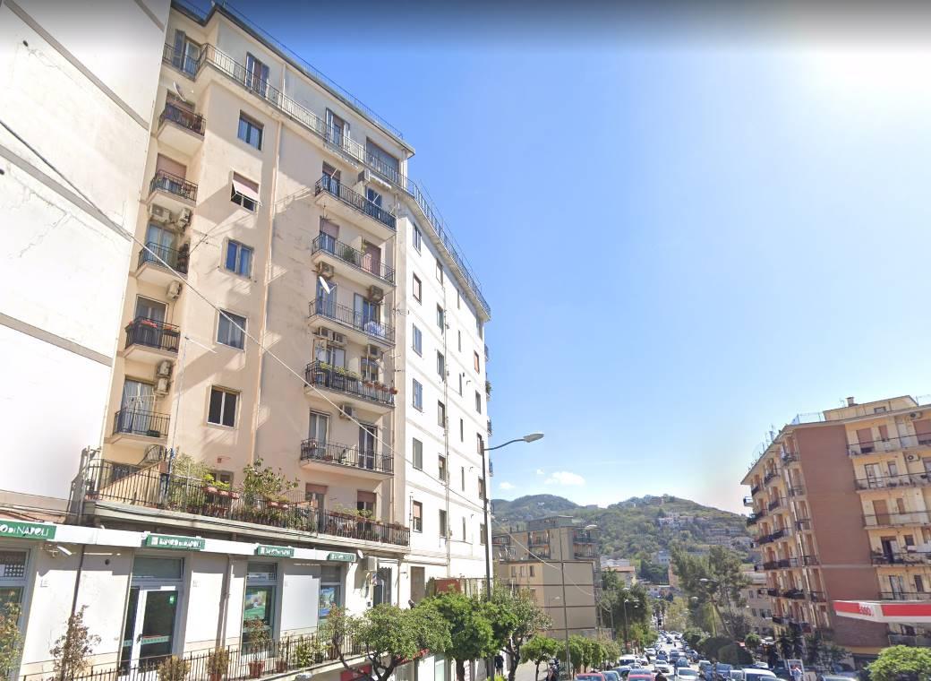 CARMINE, SALERNO, Appartamento in vendita di 100 Mq, Ristrutturato, Riscaldamento Autonomo, Classe energetica: G, Epi: 175 kwh/m2 anno, posto al