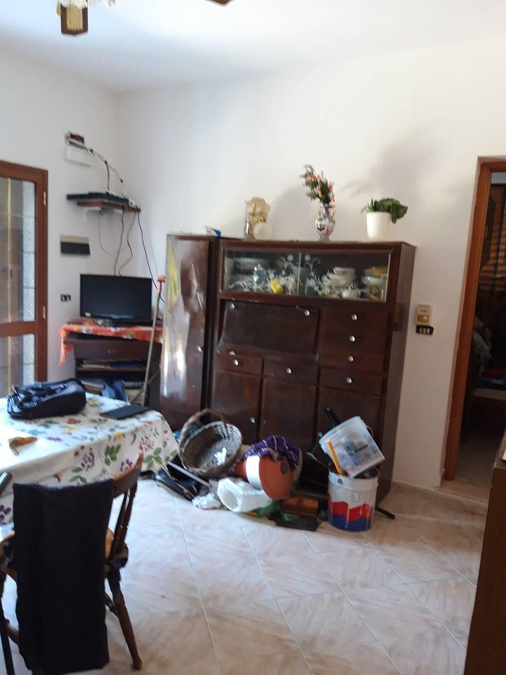 Appartamento in vendita a Augusta, 6 locali, zona Località: BRUCOLI, prezzo € 150.000 | PortaleAgenzieImmobiliari.it