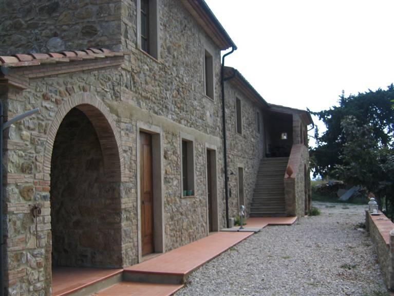 Agriturismo in vendita a Monterotondo Marittimo, 20 locali, Trattative riservate   CambioCasa.it