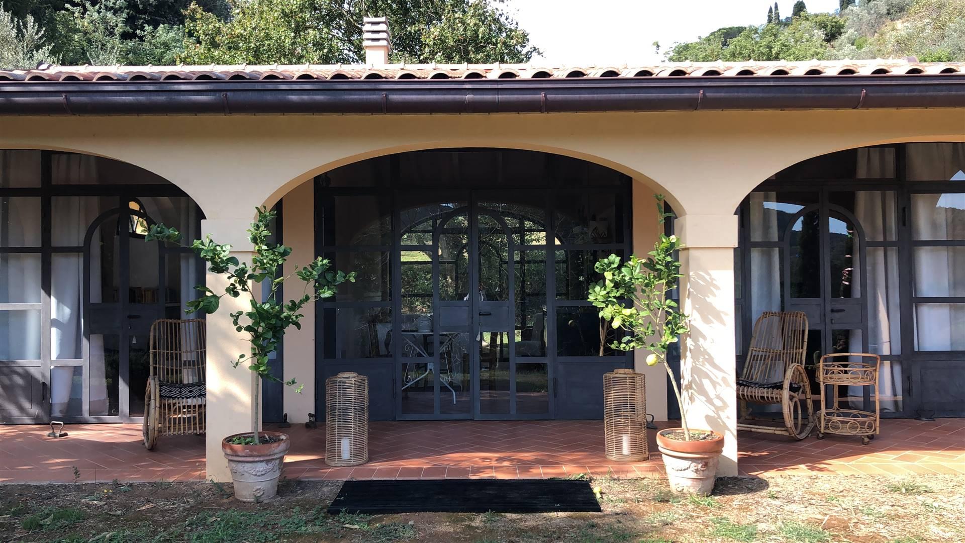 portico Dependance