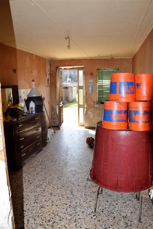 Rustico / Casale in vendita a Zimella, 10 locali, zona Zona: Santo Stefano, prezzo € 65.000   CambioCasa.it