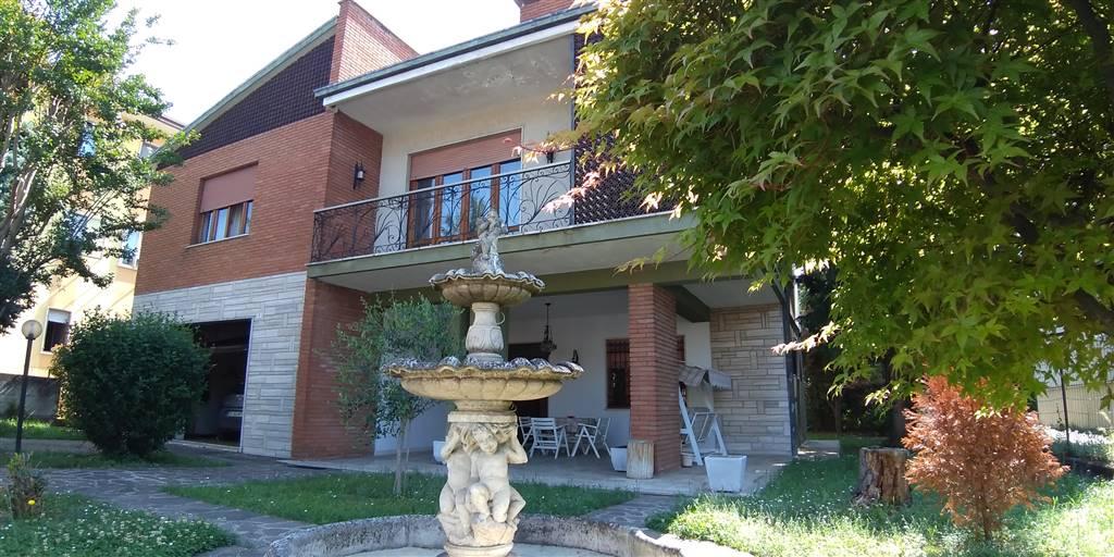 Appartamento in vendita a San Bonifacio, 7 locali, prezzo € 265.000 | PortaleAgenzieImmobiliari.it