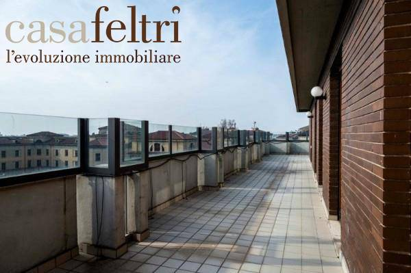 Attico / Mansarda in vendita a Bergamo, 6 locali, zona rale, prezzo € 960.000 | PortaleAgenzieImmobiliari.it