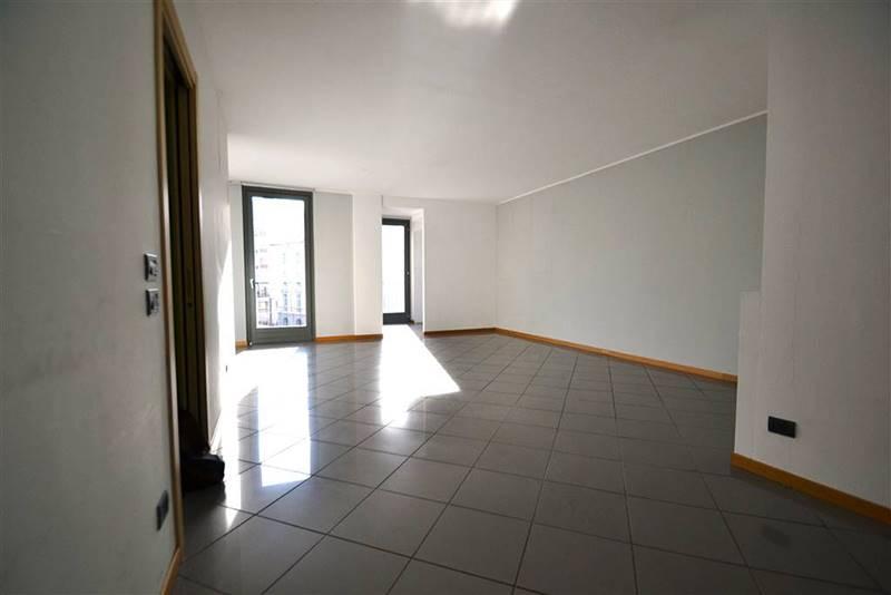 Appartamento in Affitto a Bergamo