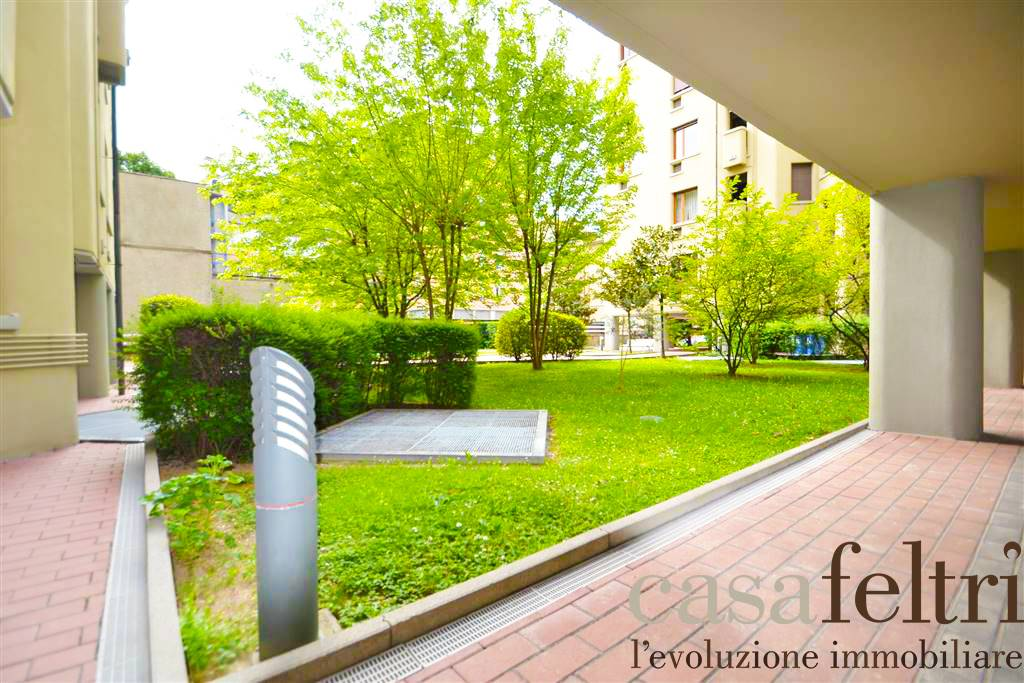 Quadrilocale in Via Ghislanzoni  37, Centrale, Bergamo