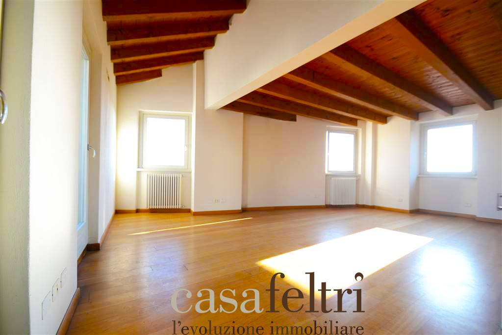 Quadrilocale in Via Pignolo 101, Centrale, Bergamo