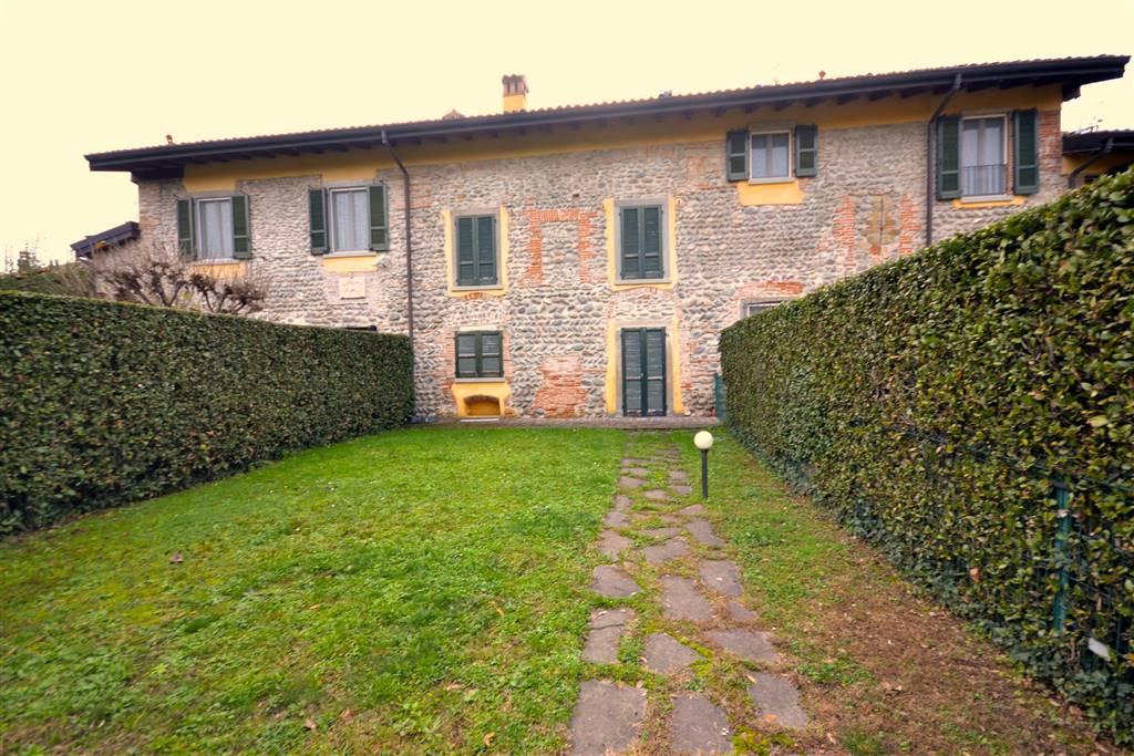 Villa a schiera in Via Daste e  Spalenga 14, Centrale, Bergamo