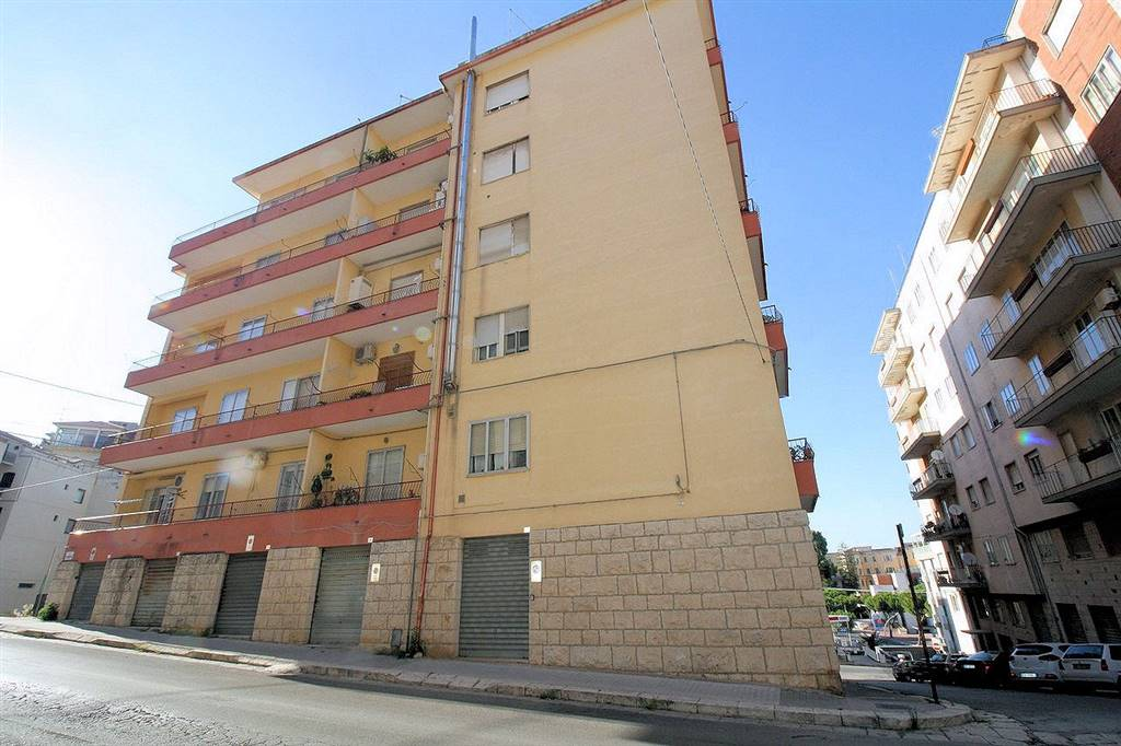 VIA RISORGIMENTO, RAGUSA, Apartment for sale of 140 Sq. mt., Habitable, Heating Individual heating system, Energetic class: F, Epi: 157,55 kwh/m2