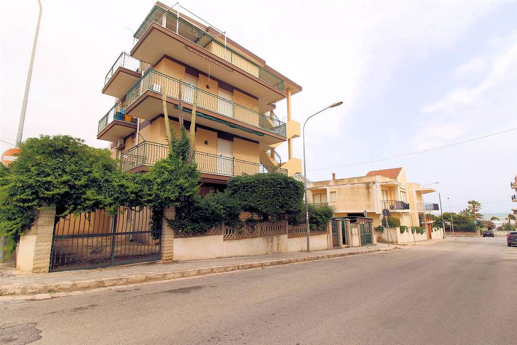 MARINA DI RAGUSA, RAGUSA, Apartment for sale of 70 Sq. mt., Habitable, Heating Non-existent, Energetic class: G, Epi: 407,9 kwh/m2 year, placed at 2°