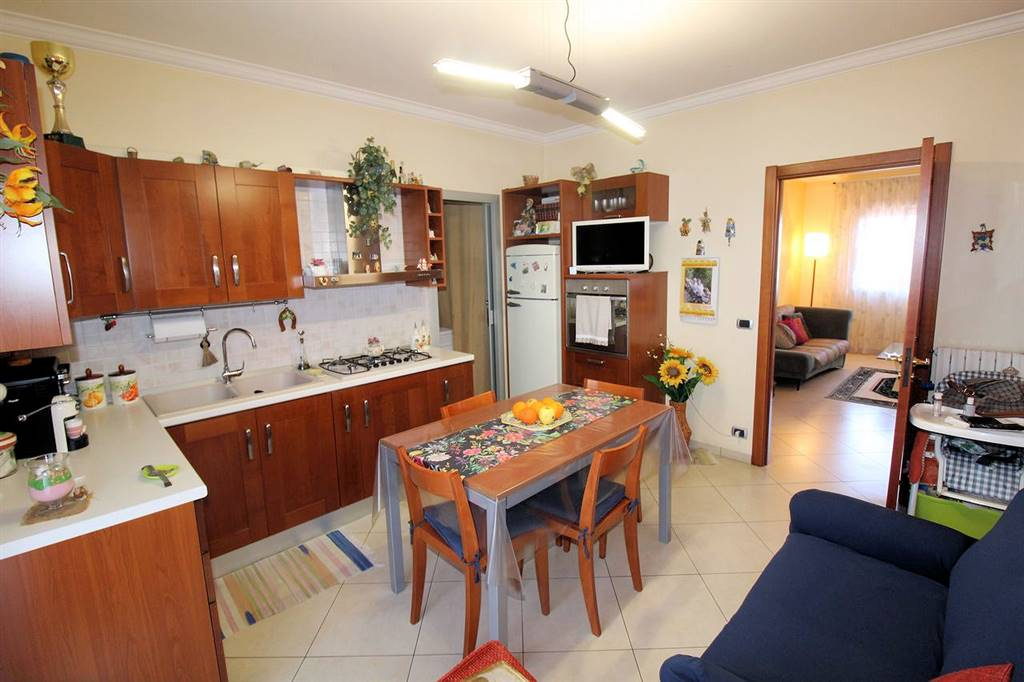 BEDDIO/GESUITI PIANETTI, RAGUSA, Apartment for sale of 94 Sq. mt., Excellent Condition, Heating Individual heating system, Energetic class: E, Epi: