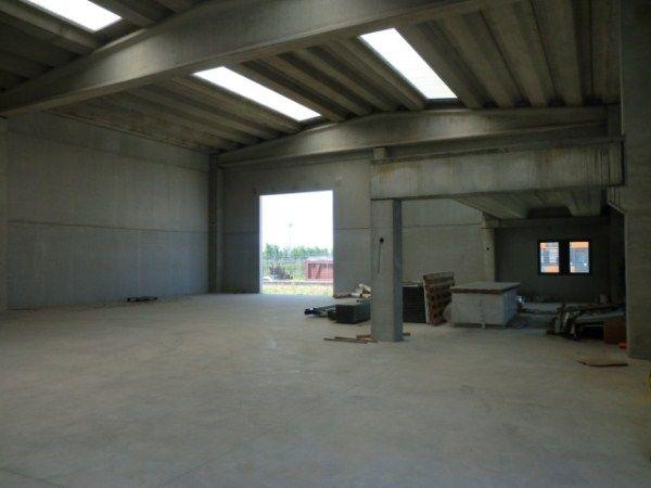 capannoni industriali a carbonara al ticino in vendita e affitto