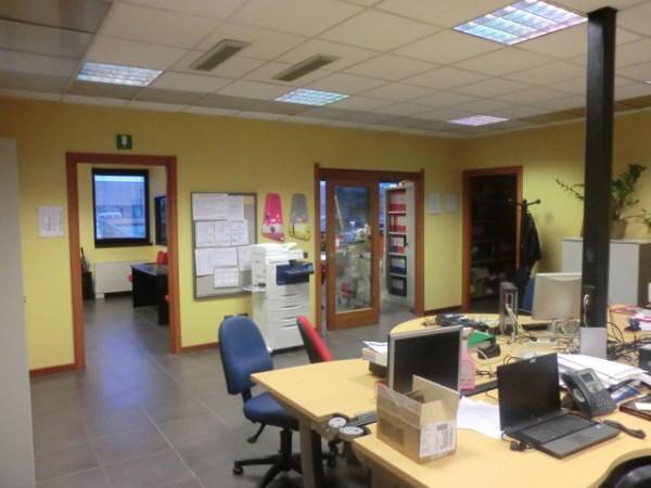 Ufficio / Studio in vendita a Assago, 9999 locali, prezzo € 450.000 | PortaleAgenzieImmobiliari.it