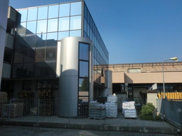 Ufficio / Studio in affitto a Assago, 9999 locali, prezzo € 66.000   CambioCasa.it