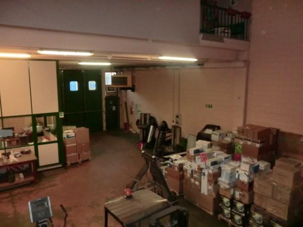 Capannone in vendita a Buccinasco, 9999 locali, prezzo € 450.000 | PortaleAgenzieImmobiliari.it