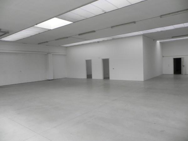 Laboratorio in affitto a Assago, 9999 locali, prezzo € 31.800 | CambioCasa.it