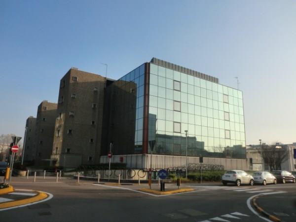 Ufficio / Studio in affitto a Assago, 9999 locali, prezzo € 26.000 | CambioCasa.it