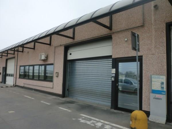 Laboratorio in affitto a Assago, 9999 locali, prezzo € 30.000 | CambioCasa.it