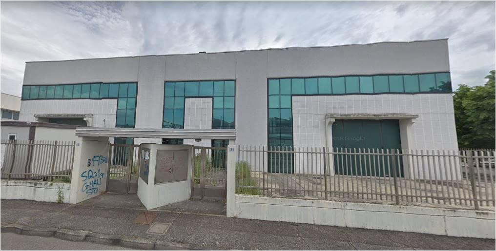 Magazzino in affitto a Peschiera Borromeo, 9999 locali, prezzo € 110.000 | CambioCasa.it