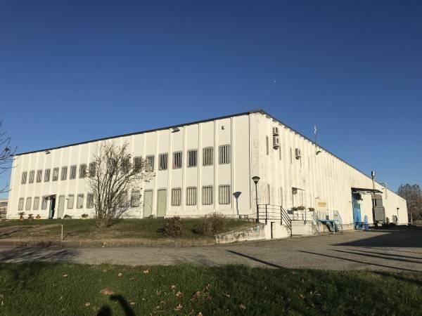 Capannone industriale, Zibido San Giacomo