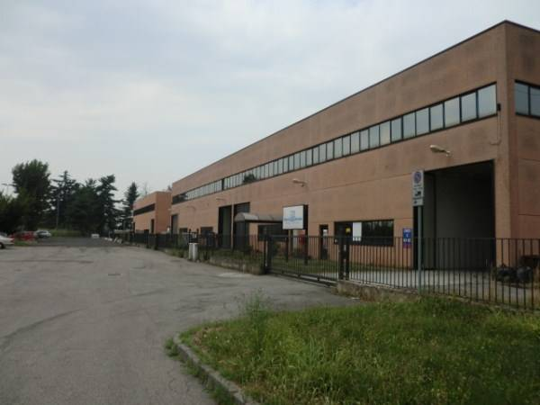 Capannone in affitto a Locate di Triulzi, 9999 locali, prezzo € 110.000 | CambioCasa.it