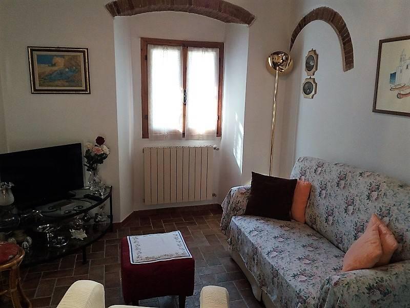 Terratetto, Figline, Prato, ristrutturato