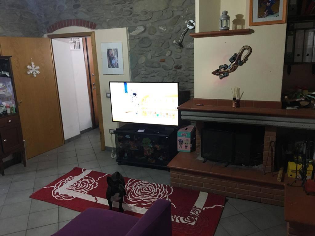 Soluzione Indipendente in vendita a Vernio, 3 locali, zona igoli - Le Confina, prezzo € 79.000   PortaleAgenzieImmobiliari.it