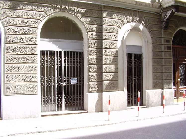 Negozio / Locale in affitto a Trieste, 1 locali, zona Località: GIARDINO PUBBLICO, prezzo € 450 | CambioCasa.it