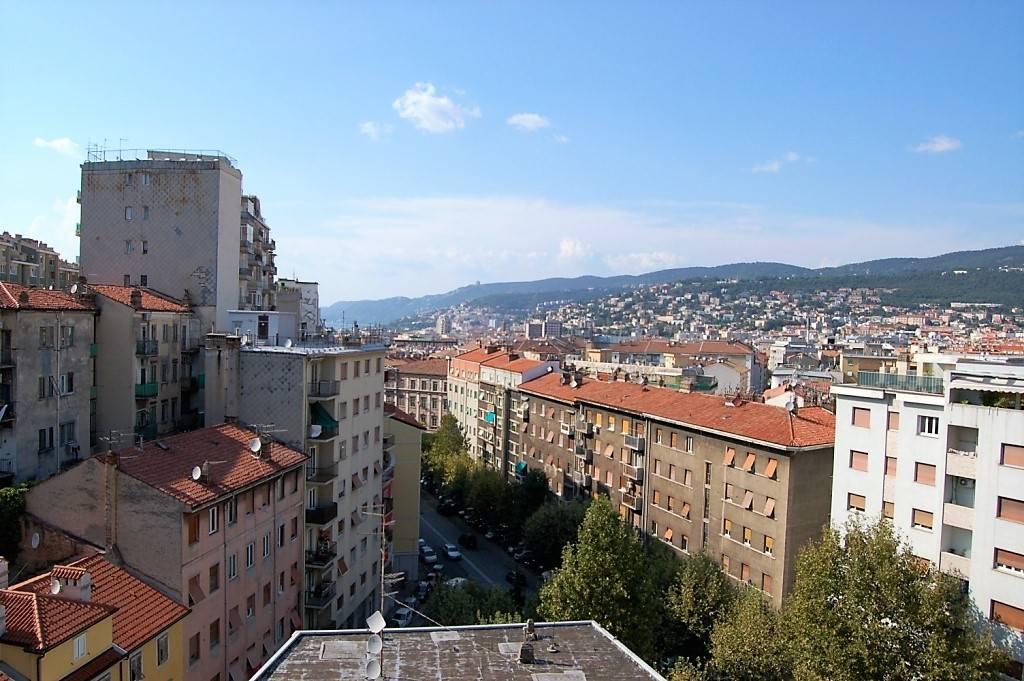 Quadrilocale in Via Dei Falchi 2, Trieste
