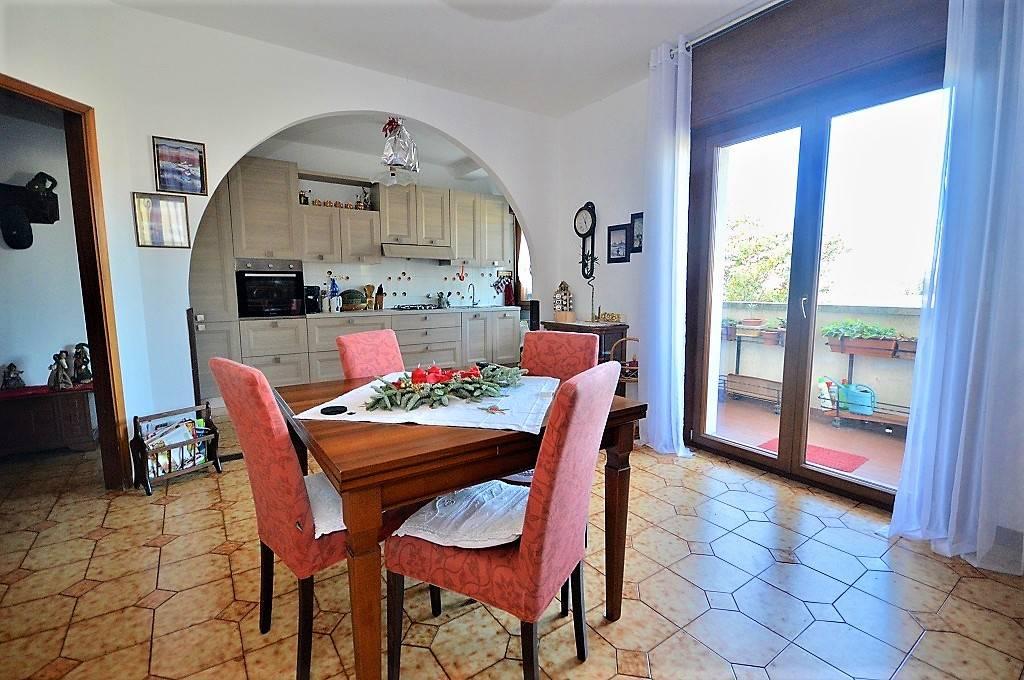 Appartamento in Via Tribel 16, Trieste