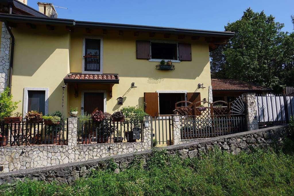 Villa a Schiera in vendita a Trieste, 5 locali, zona Località: BANNE, prezzo € 385.000 | CambioCasa.it