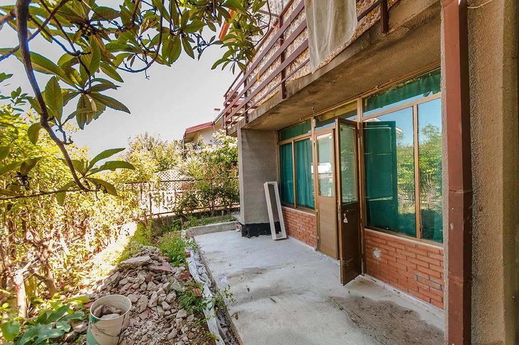 Appartamento in vendita a Muggia, 2 locali, prezzo € 43.000 | CambioCasa.it