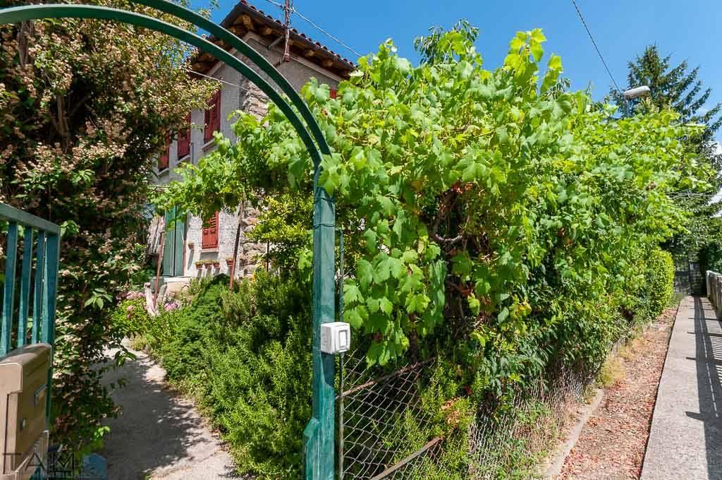 Soluzione Indipendente in vendita a Trieste, 5 locali, zona Località: ROZZOL, prezzo € 210.000 | CambioCasa.it