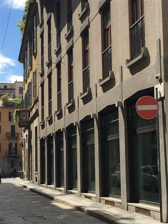 Negozio, Bocconi, Corso Italia, Ticinese, Milano, ristrutturato