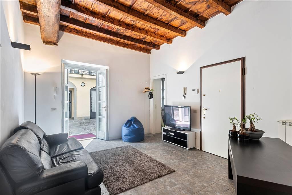 Properties life milano centro missori brambilla for Vendesi ufficio roma
