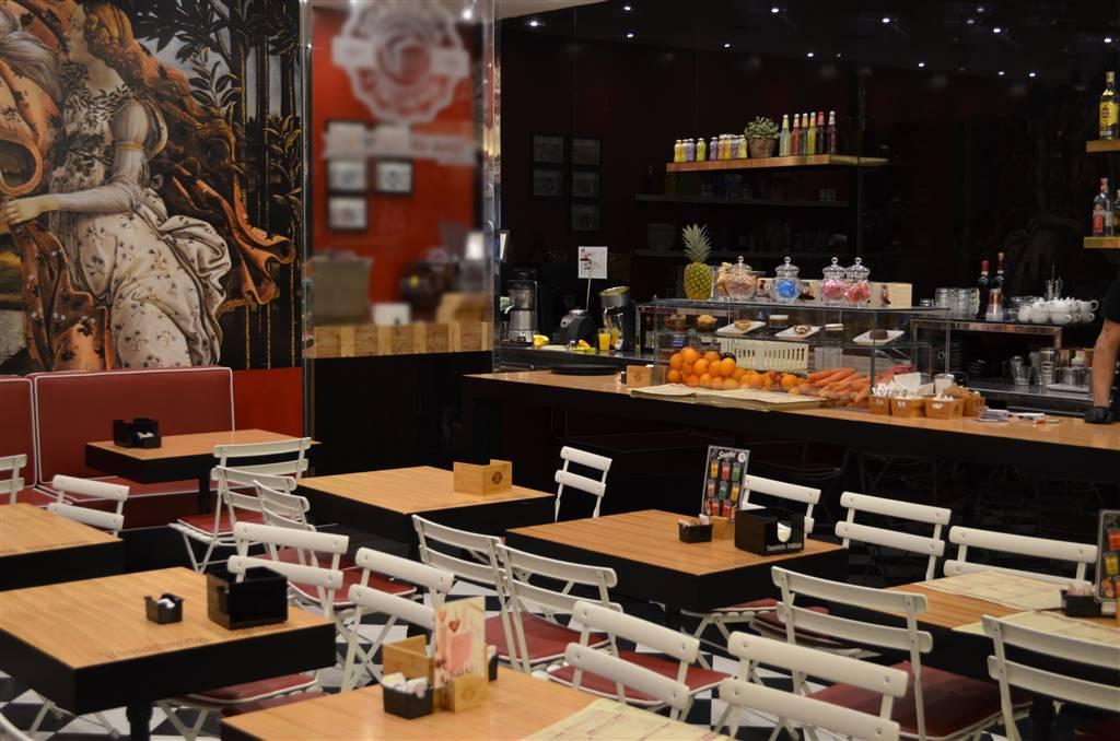 VENDESI BAR TAVOLA FREDDA TOAST PIADINE - in CENTRO COMMERCIALE – ZONA SESTO S GIOVANNI Il locale specializzato nella ristorazione veloce di
