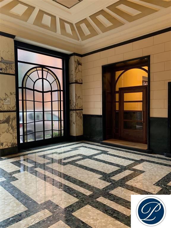 Milano, Piazza Missori, affittasi ampio immobile uso ufficio di ca 315 mq al piano primo di sei. L'immobile è così composto: ingresso, reception,
