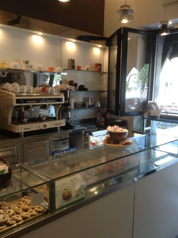 VENDITA Bar Caffetteria con rivendita miscele di caffè ad altri bar. Il locale ristrutturato si presenta molto gradevole e in stile moderno e