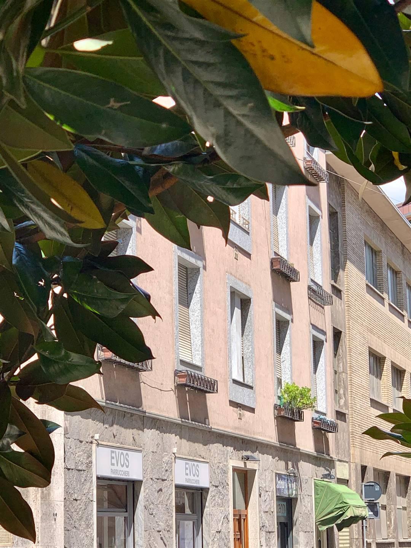 Milano, centro storico, nelle immediate vicinanze della fermata MM3 Missori, inserito nel contesto di un quartiere residenziale signorile, vendesi