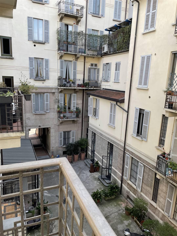 balcone affaccio interno