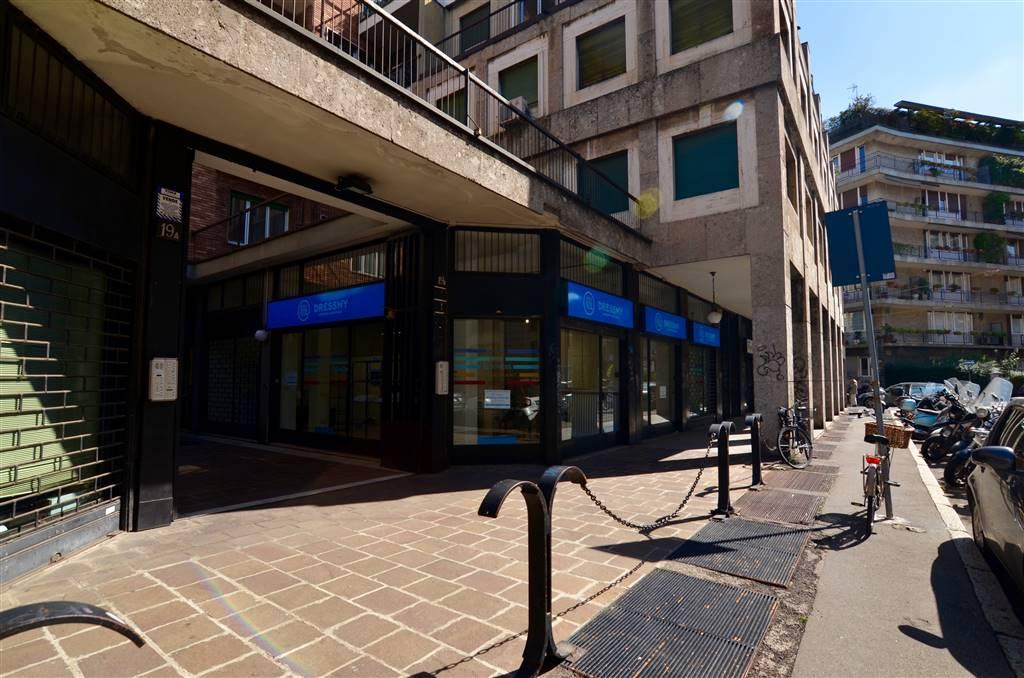 Negozio in Via Rosolino Pilo 19, Buenos Aires, Indipendenza, P.ta Venezia, Milano