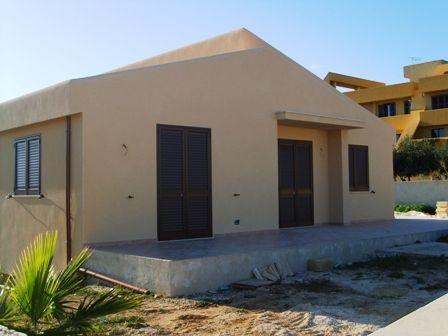 Villa in vendita a Petrosino, 5 locali, prezzo € 210.000   CambioCasa.it
