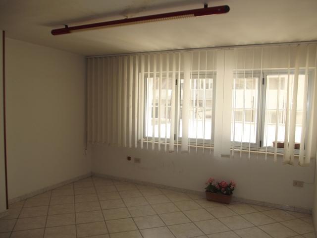 Ufficio / Studio in affitto a Marsala, 2 locali, zona Località: CENTRO, prezzo € 250 | CambioCasa.it