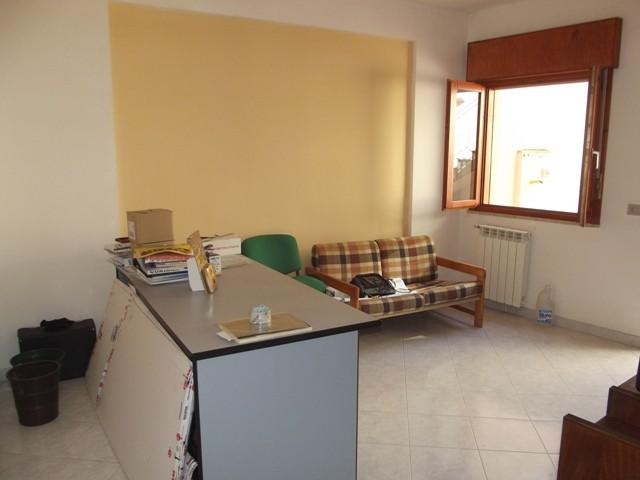 Appartamento in vendita a Marsala, 3 locali, zona Località: CENTRO, prezzo € 48.000 | CambioCasa.it