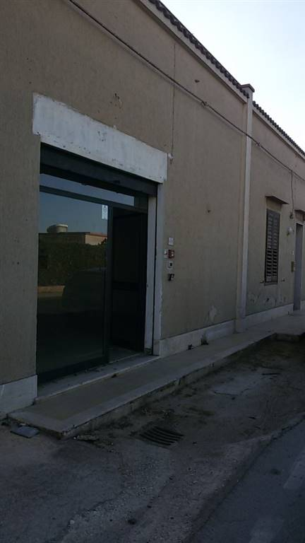 Attività / Licenza in affitto a Marsala, 1 locali, zona Località: LATO MAZARA, prezzo € 400 | CambioCasa.it