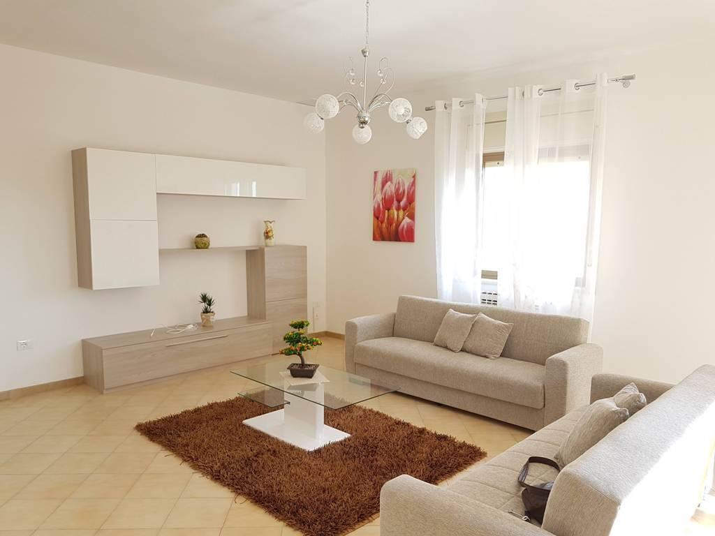 Appartamento in affitto a Marsala, 5 locali, zona Località: CENTRO STORICO, prezzo € 650 | PortaleAgenzieImmobiliari.it