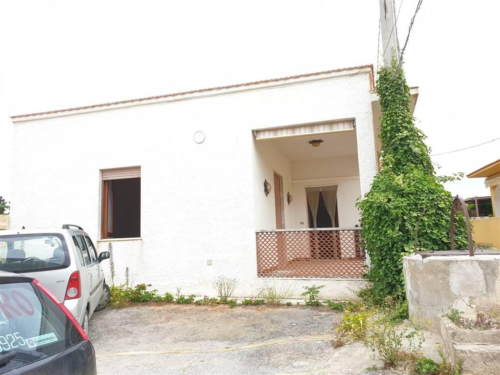 Soluzione Indipendente in vendita a Marsala, 4 locali, zona Località: LATO MAZARA, prezzo € 80.000   CambioCasa.it
